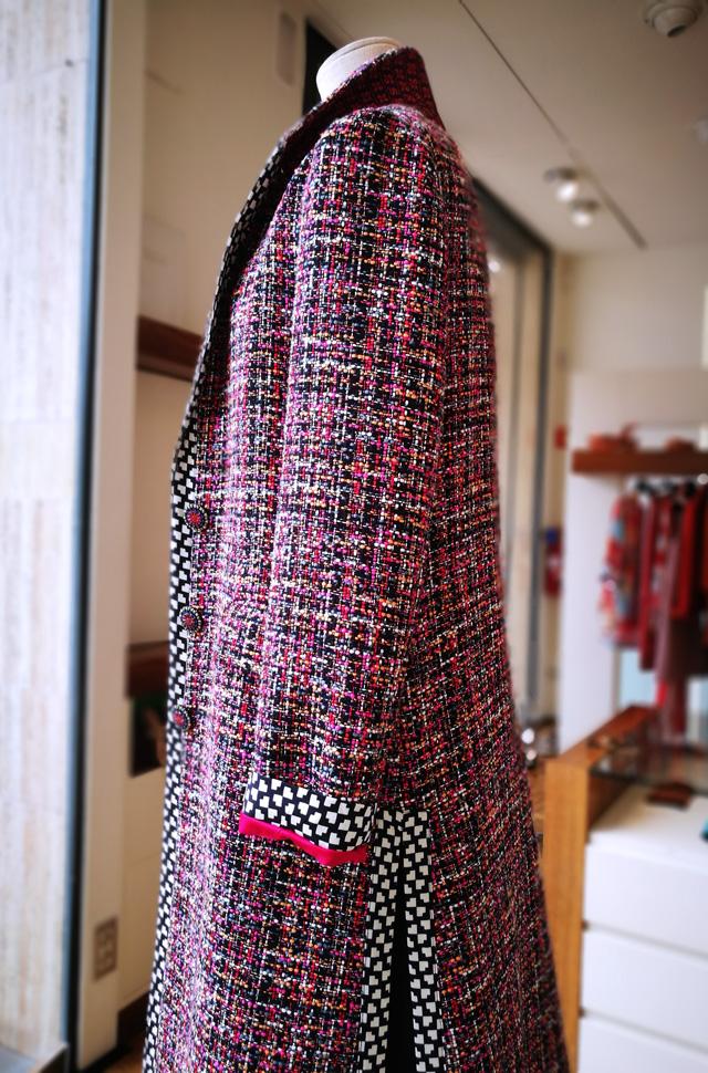 Abrigo de Etro Colección Moda Resort 2018 hecho en boucle de algodón y vistas de viscosa. Hecho en Italia.