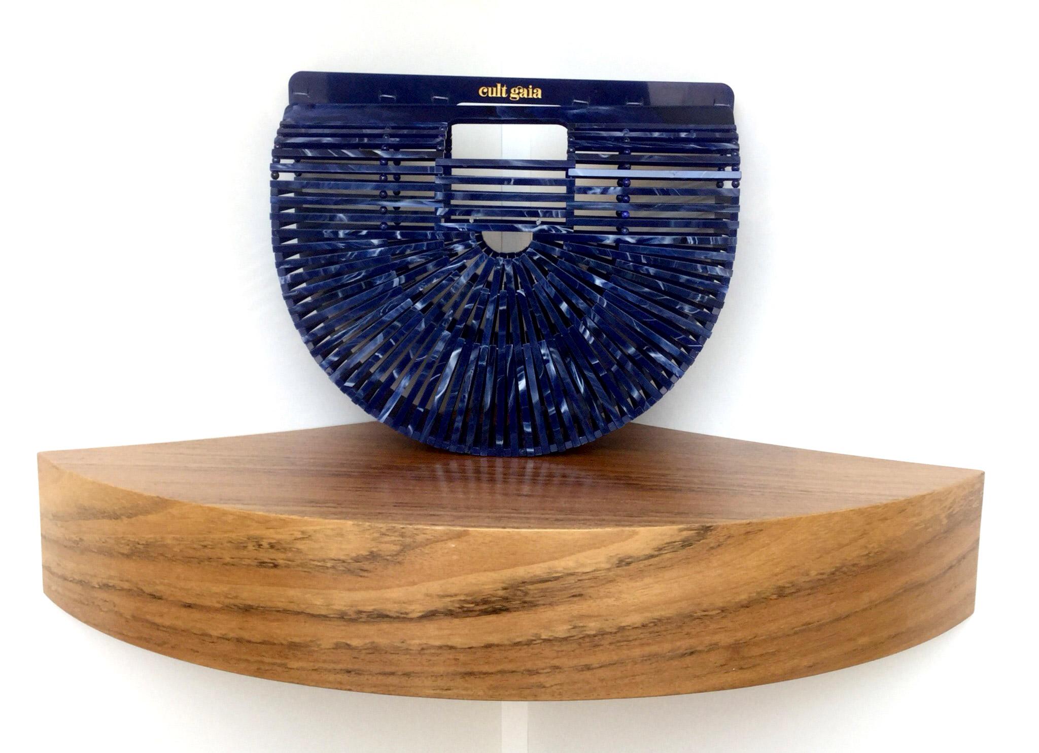 Bolso de mano Ark XL de Cult Gaia de baquelita azul - PATOS Valencia