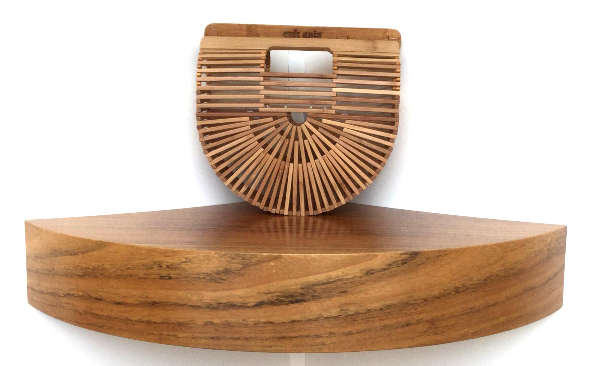 Bolso de mano de Cult Gaia Ark small de madera de bamboo - PATOS Valencia