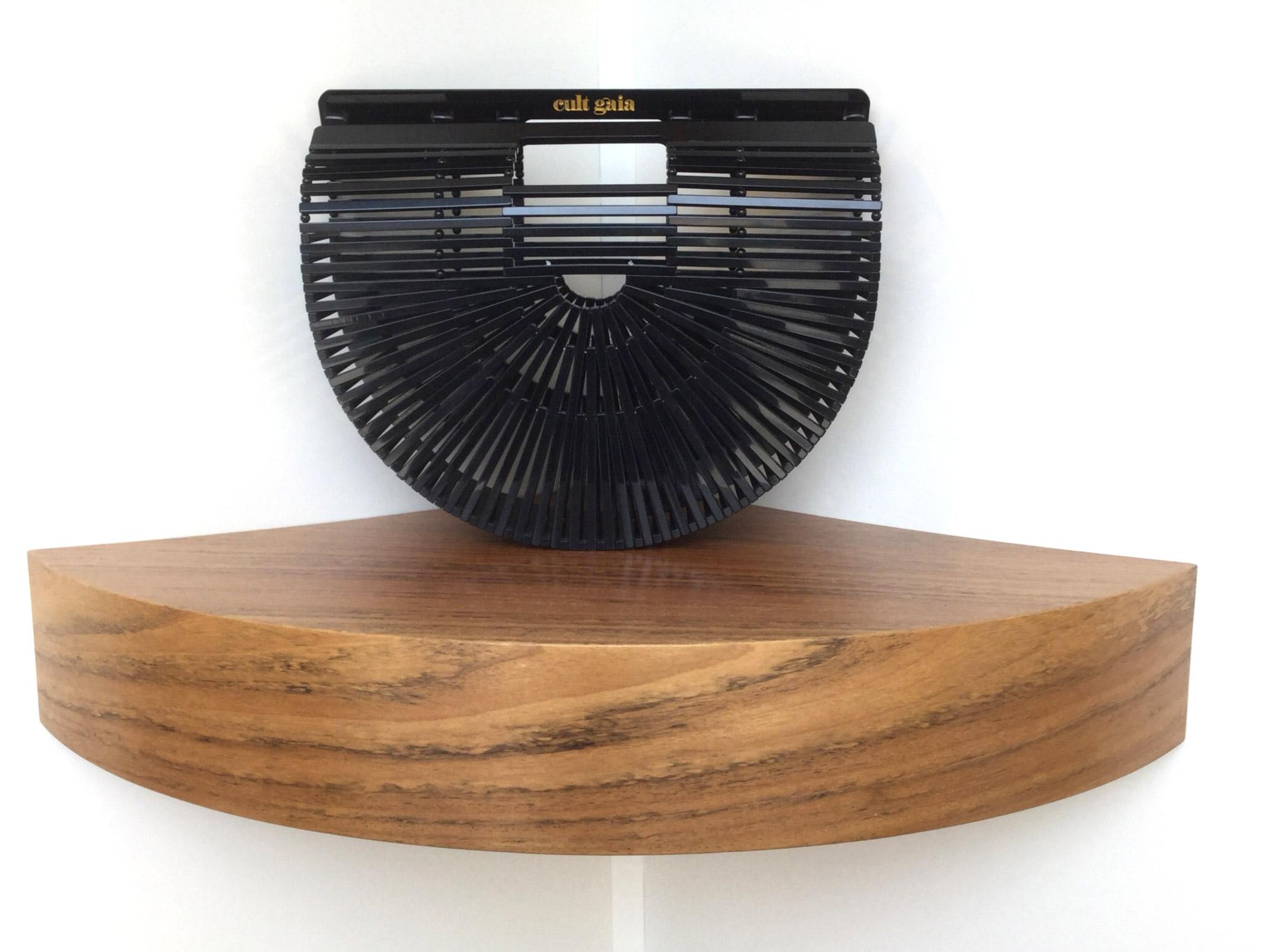 Bolso de mano Ark XL de Cult Gaia de baquelita negra - PATOS Valencia