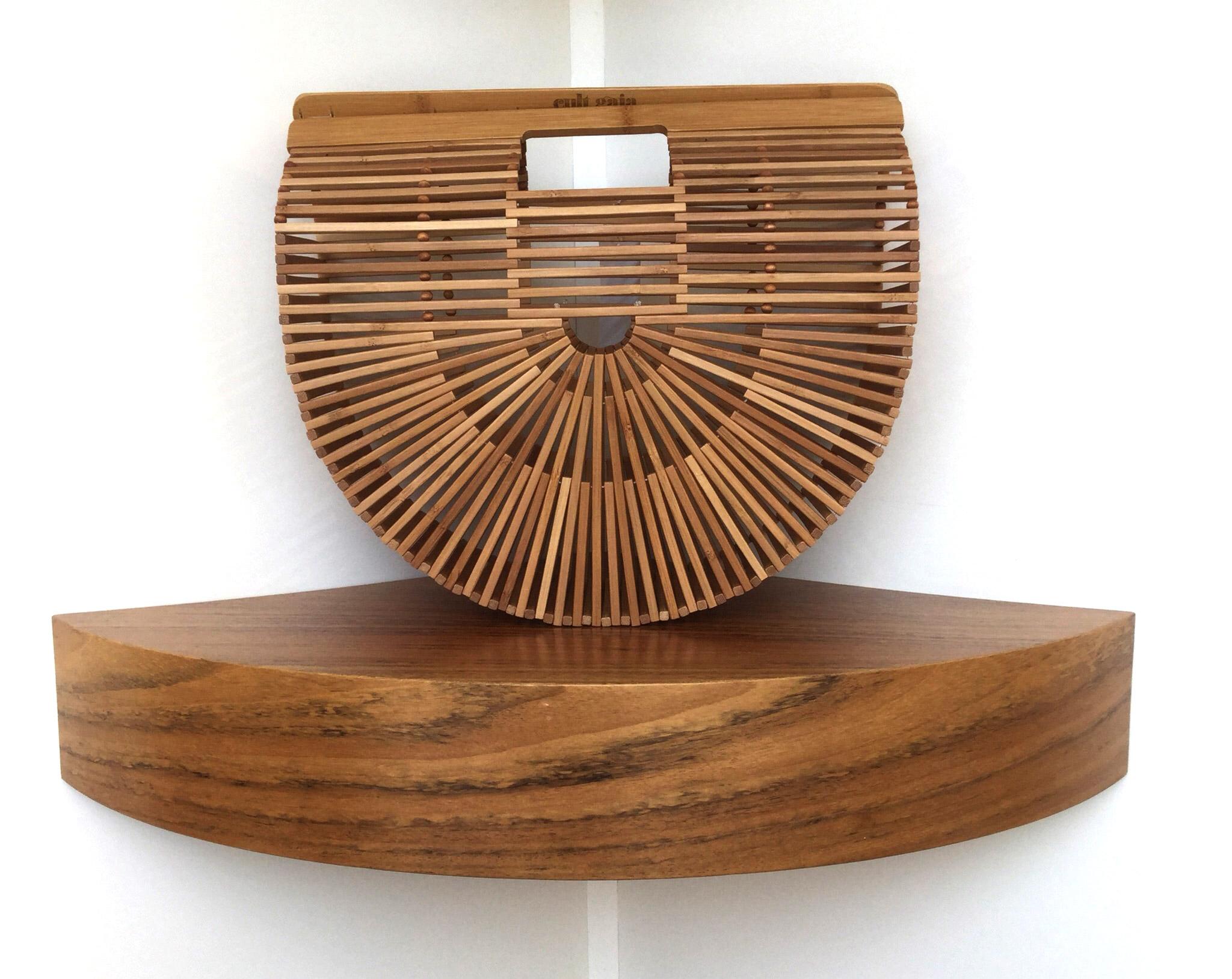 Bolso de mano de Cult Gaia Ark XL de madera de bamboo - PATOS Valencia