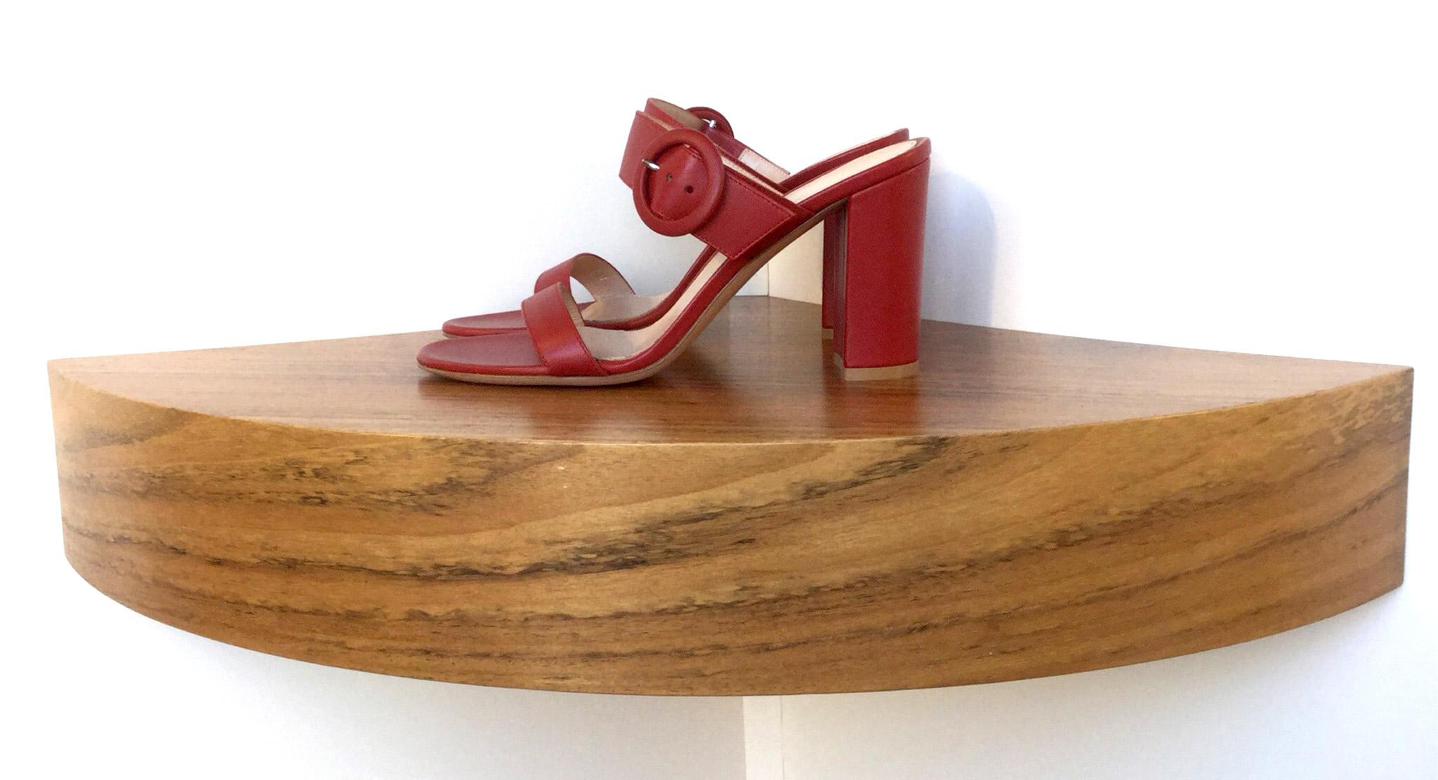 Sandalia Gianvito Rossi de napa color rojo tabasco 7d8f4f854463