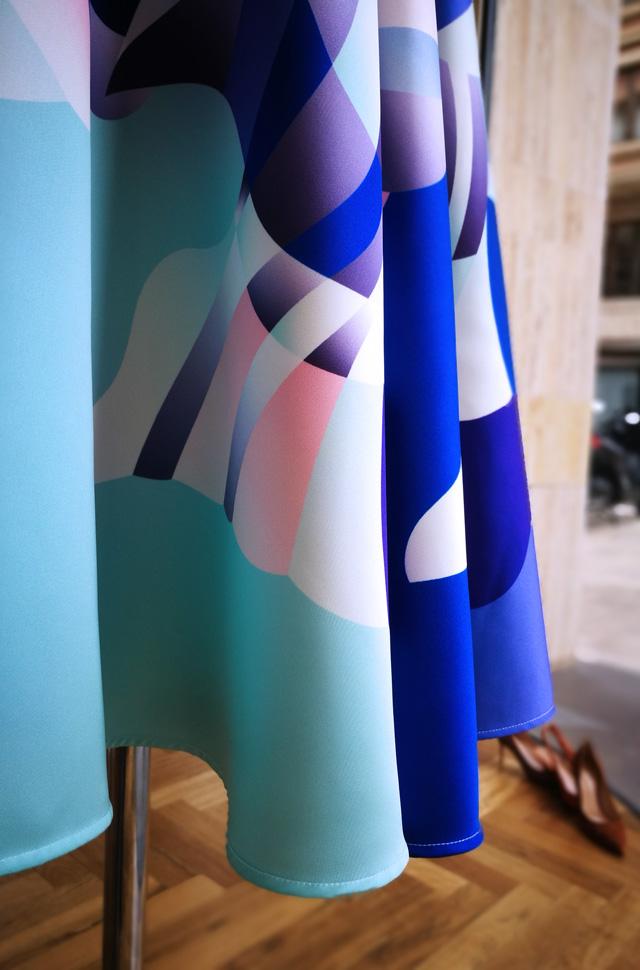 Chaleco de Herno, suéter de Lamberto Losani, falda de Emilio Pucci - Colección Otoño Invierno 2018 2019 - Patos Valencia