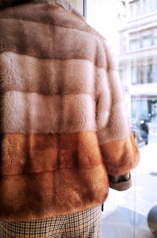 Chaqueta de Blancha Visón Saga Furs; Pantalón Etro pata de gallo - Colección Otoño Invierno 2018 2019 - Patos Valencia