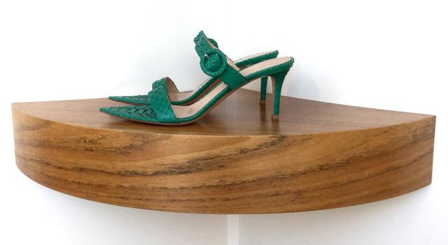 Sandalia Gianvito Rossi de piel de pitón color verde esmeralda, tacón de 7 cms