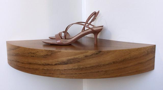Zapato Gianvito Rossi Praline de charol, tacón de 5,5 cms.