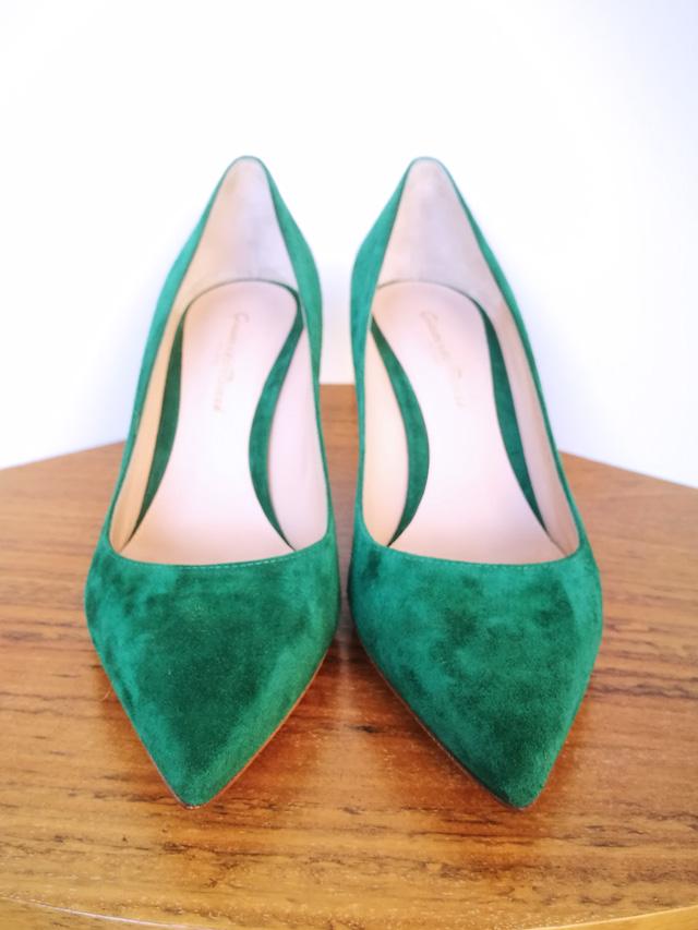 Zapato de salón de ante verde inglés de Gianvito Rossi