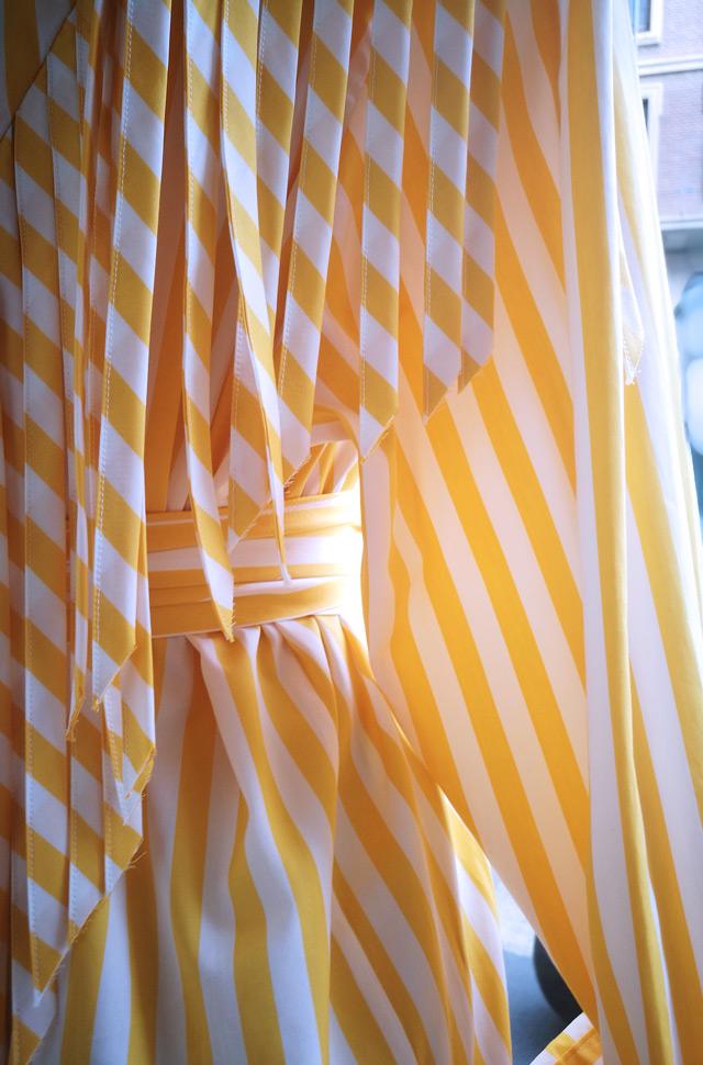 MSGM 2019 vestido a rayas amarillas y blancas - PATOS Valencia