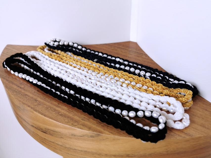 Collares Centopercentocachemire perlas de río, cachemira y terciopelo - PATOS Valencia